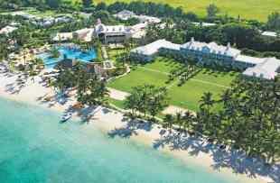 Aerial-View-Sugar-Beach-Mauritius