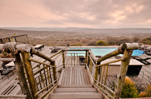 Nambiti Hills Pool-Deck